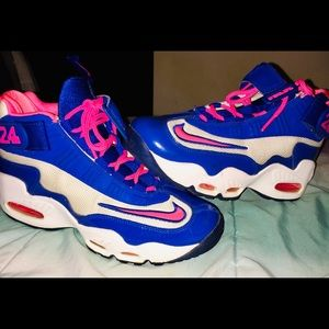 Air Griffey's Max 1 size 7Y, Women's 8.5